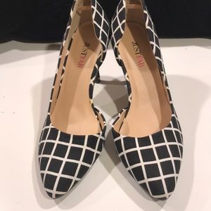 Black and white plaid shoes